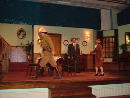 arsenic-old-lace-2004-02.jpg