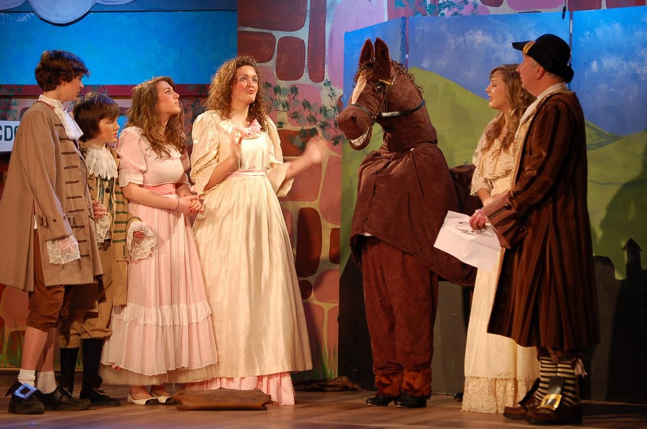 Beauty And The Beast 2009 Faringdon Dramatic Society
